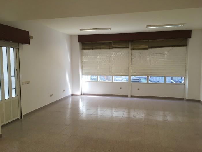 Oficina-Bajo en Alquiler en Calle Juan Montes 2,  Bajo nº 1. de A Coruña.